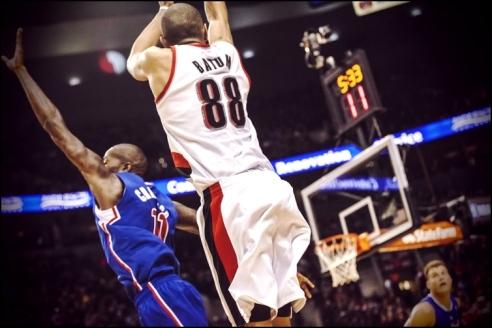✭ NBA Blue Nites | 116 pour Parker & Batum !