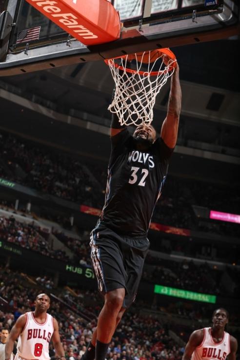✭ NBA Blue Nites | Tomahawk Turiaf !