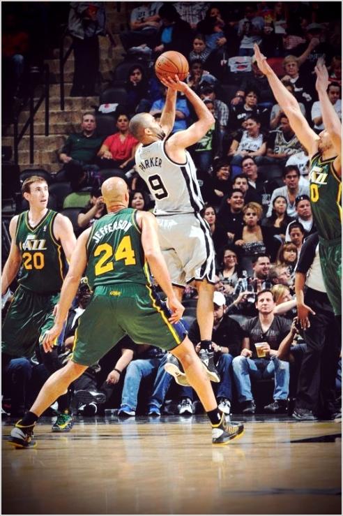 ✭ NBA Blue Nites | 10 sur 10 pour les Spurs !